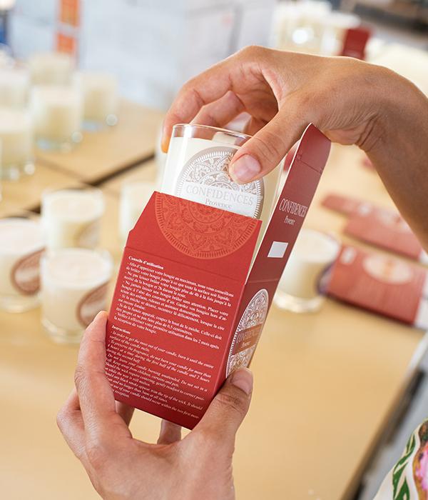 packaging mise en boite bougie parfumée