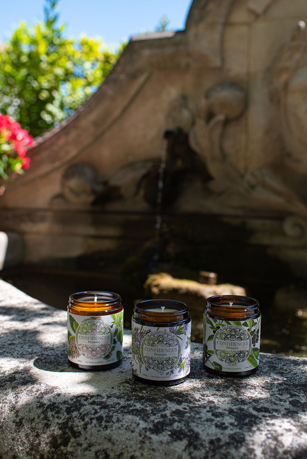 bougie parfumée huiles essentielles extérieur fontaine