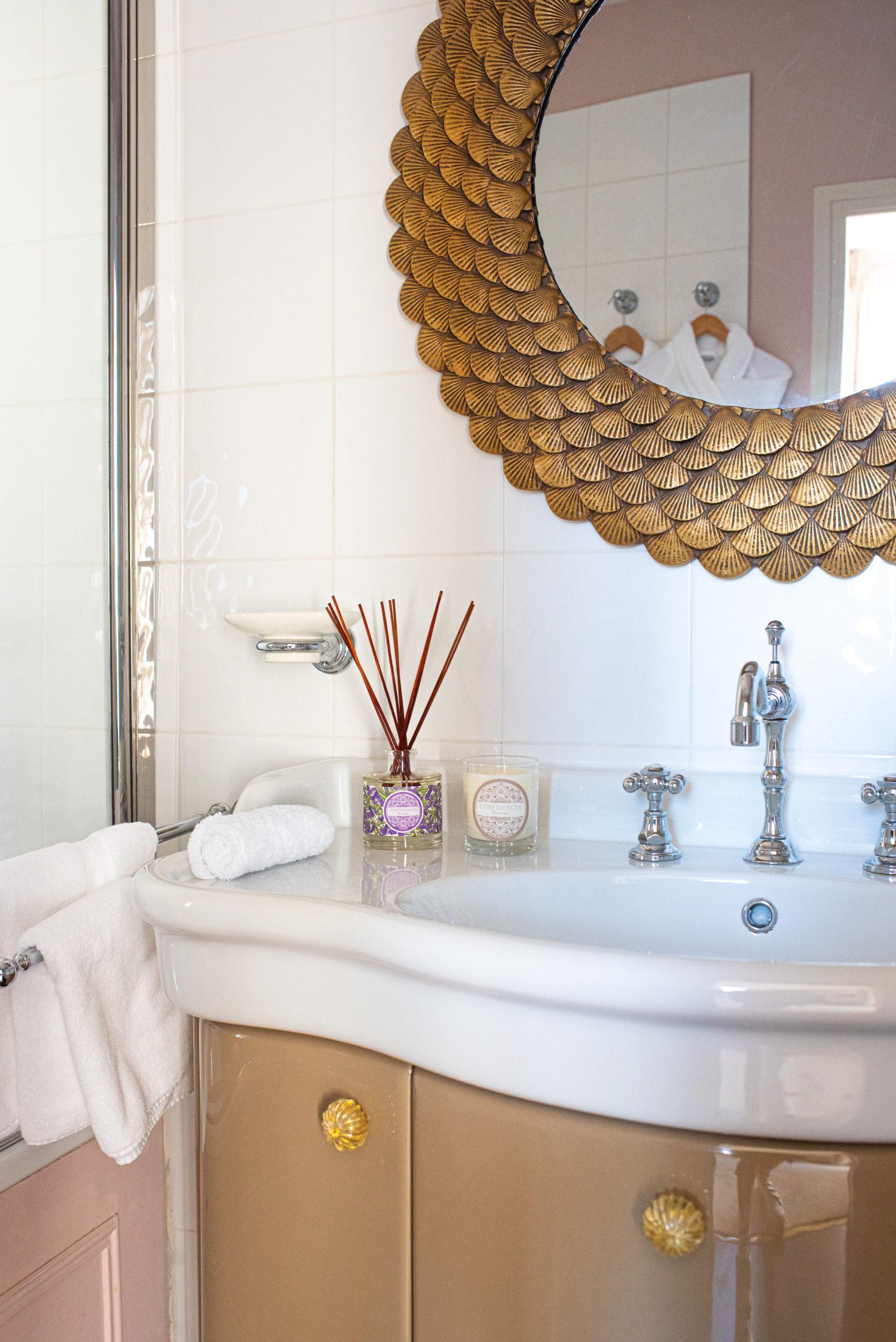 salle de bain bougie et diffuseur de parfum